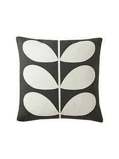 orla-kiely-multi-stem-cushion