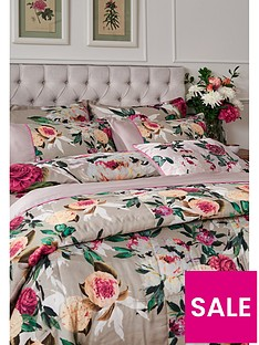 dorma-henrietta-bedspread-throw