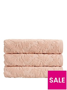 christy-palais-bath-towel