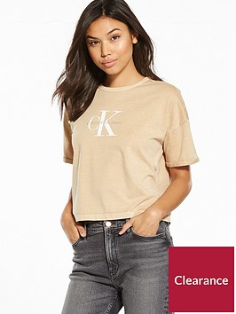 calvin-klein-jeans-true-icon-teco-18a-short-sleeved-t-shirt