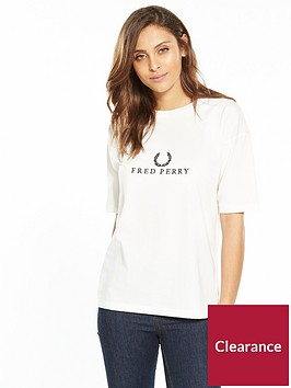 fred-perry-embroidered-t-shirt-light-ecru