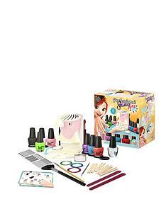 buki-professional-nail-art-studio