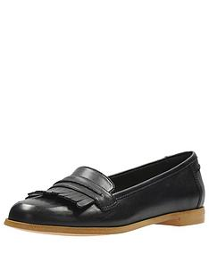 clarks-andora-crush-loafer