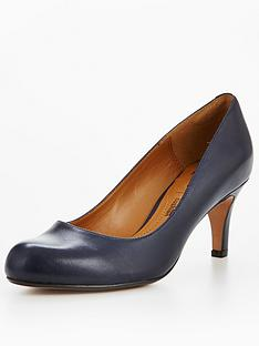 clarks-arista-abe-court-shoe