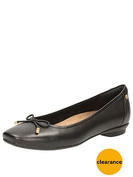 clarks-wide-fit-clarks-candra-light-ballerina
