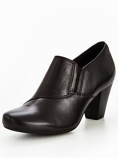 clarks-garnit-colette-ankle-boots