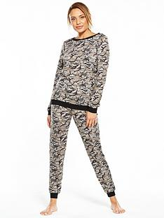v-by-very-knitted-camouflage-print-twosie