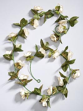 gisela-graham-fabric-rose-christmas-garland