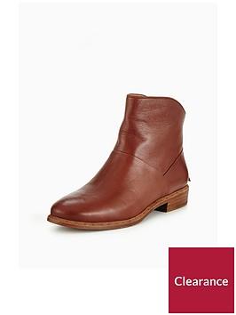 ugg-bruno-ankle-boot