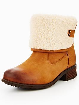 Ugg Aldon Ankle Boot