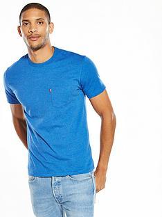levis-sunset-one-pocket-tshirt
