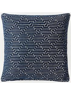 laurence-llewelyn-bowen-frazer-cushion