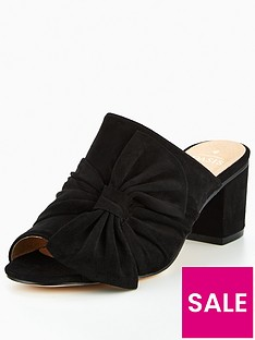oasis-bow-mules
