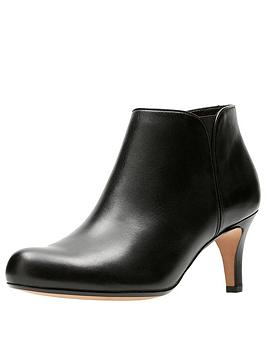clarks-arista-paige-leather-ankle-boot
