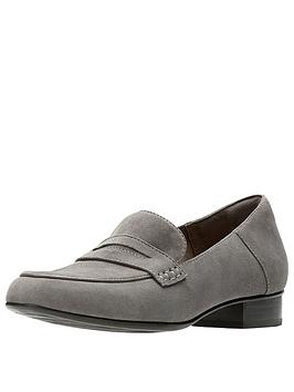 clarks-keesha-cora-suede-loafer