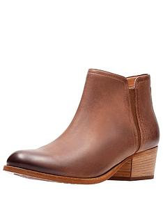 clarks-maypearl-ramie-ankle-boot
