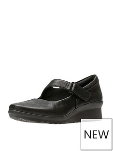 clarks-clarks-caddell-yale-low-wedge-mary-jane-shoe
