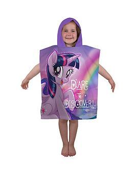 marvel-movie-adventure-poncho-towel