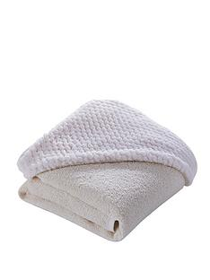 clair-de-lune-honeycomb-hooded-towel