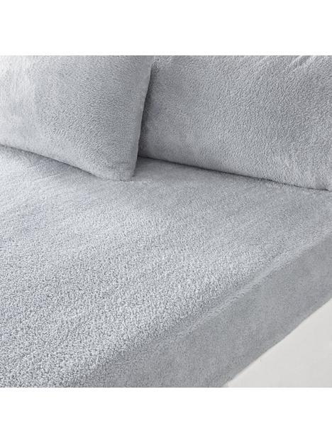 silentnight-teddy-fleece-fitted-sheet