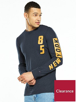 tommy-jeans-tommy-crew-neck-long-sleeve-t-shirt
