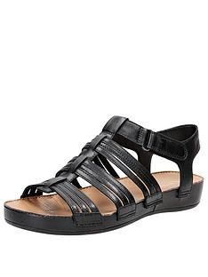 clarks-raspberrychic4-wide-fit-chunky-sole-sandal-black