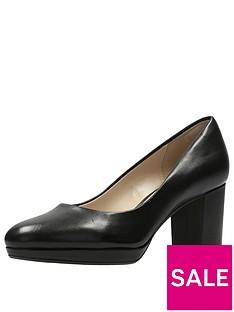 clarks-kelda-hope-platform-court-shoe