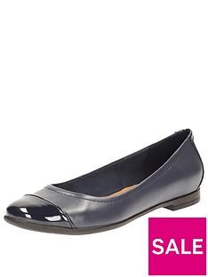 clarks-clarks-atomic-haze-toe-contract-ballerina-shoe