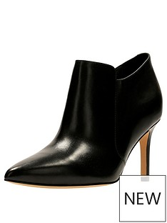 clarks-dinah-spice-pointed-toe-shoe-boot-black