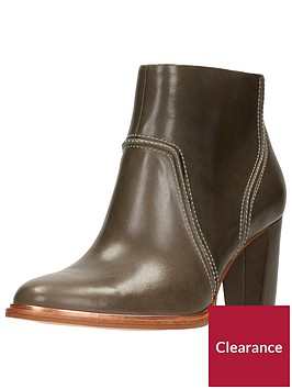 clarks-clarks-ellis-betty-premium-heeled-ankle-boot