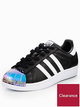 adidas-originals-metal-toe-cap-superstar-blackwhitenbsp