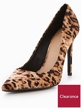 v-by-very-chic-pointed-court-shoe-leopard
