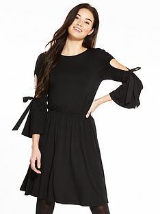 v-by-very-bow-sleeve-skater-dress