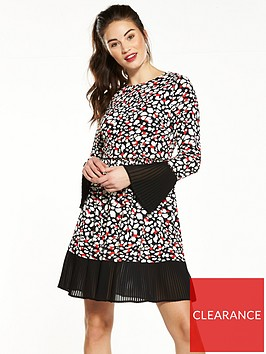 v-by-very-printed-pleat-detail-dress-with-ladder-trim