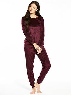 v-by-very-soft-fleece-two-piece-pyjama-set-burgundy