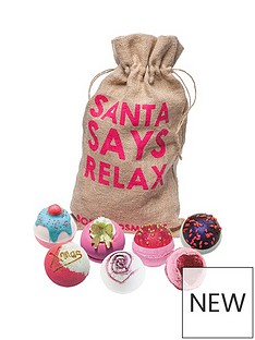 bomb-cosmetics-santa-says-relax-gift-set
