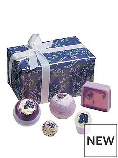 bomb-cosmetics-bomb-cosmetics-blooming-bluebell-gift-set