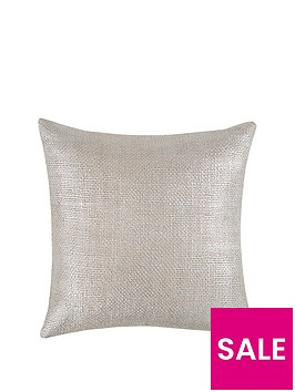 metallic-knitted-cushion
