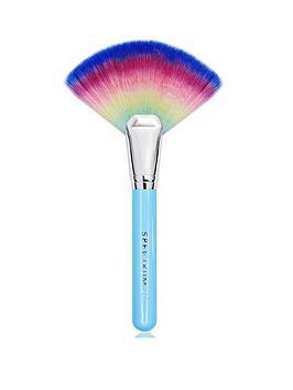 spectrum-spectrum-get-lit-rainbow-fan-make-up-brush