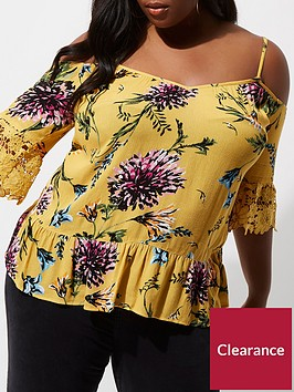 ri-plus-floral-cold-shoulder-top