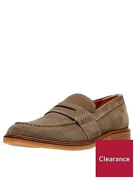 clarks-clarkdale-flow-suede-shoe