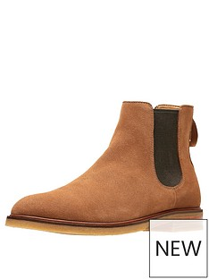 clarks-clarkdale-gobi-suede-boot