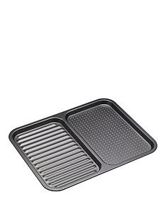 masterclass-non-stick-divided-baking-tray