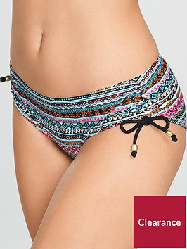 dorina-curves-venezuela-body-shaping-bikini-brief