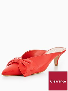 carvela-acacia-low-heel-bow-court