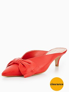 carvela-acacia-low-heel-bow-court