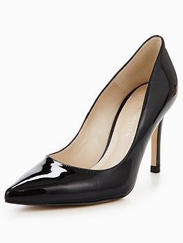 karen-millen-patent-court-shoe