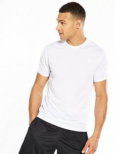 new-balance-accelerate-t-shirt