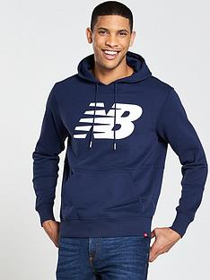 new-balance-essentials-graphic-overhead-hoodie