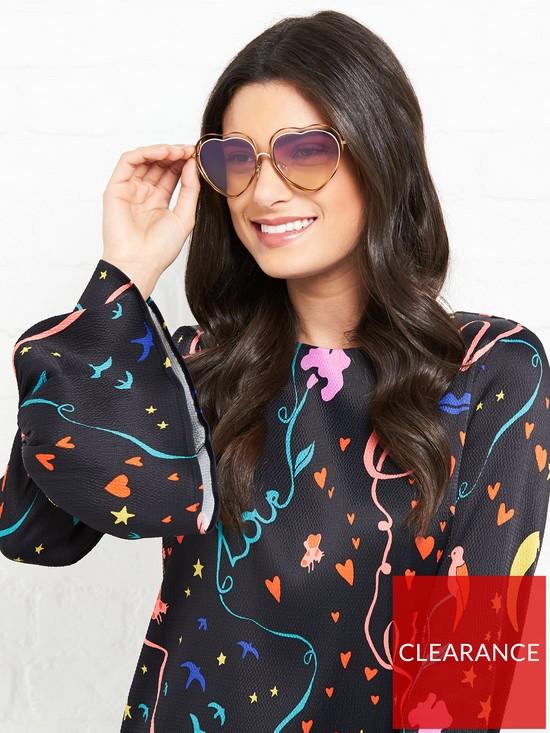af29e57569 CHLOÉ SUNGLASSES Poppy Love Heart Shaped Sunglasses - Light Pink ...